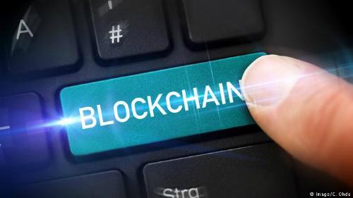 Trung Quốc yêu cầu người dùng blockchain khai tên thật và số ID