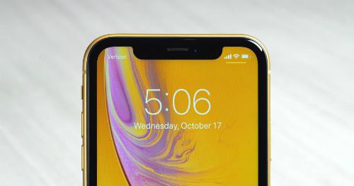 Màn hình LCD của iPhone XR có độ phân giải thấp hơn XS và XS Max, dù kích thước 6,1 inch.