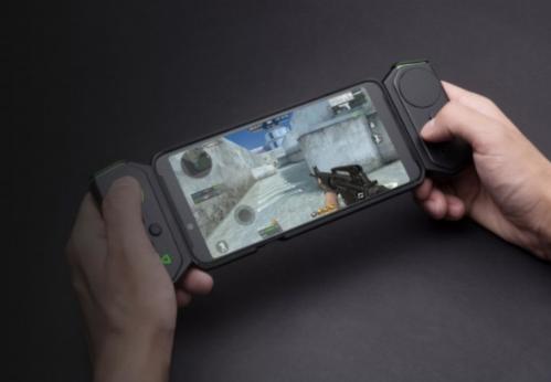 Phụ kiện biến Helo thành máy chơi game cầm tay.
