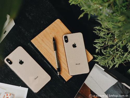 Đặt trước iPhone XS, XS Max, iPhone XR tại FPT Shop và F.Studio, bạn không chỉ được gấp đôi thời gian bảo hành mà còn được trả góp 0% lãi suất và giảm ngay 2 triệu đồng.