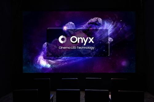 Màn hình Cinema LED có độ sáng gấp nhiều lần so với máy chiếu.