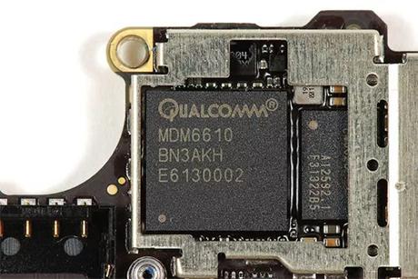 Chip mạng của Qualcomm được sử dụng trong một mẫu iPhone.