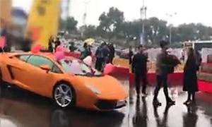 Video tỏ tình thất bại dù đi xe Lamborghini hút 4 triệu lượt xem trong tuần