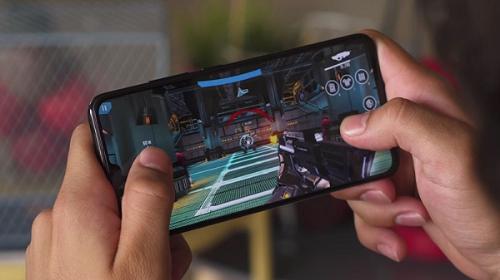 Lý do chọn Vivo V11, V11i cho phân khúc smartphone tầm trung - 2