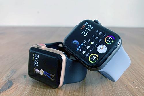 Apple ngừng phát hành iOS 5.1 sau khi đồng hồ của khách hàng thành cục gạch. Ảnh: iNews.