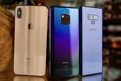 Samsung, Huawei, Apple lần lượt là ba nhà sản xuất smartphone hàng đầu thế giới hiện nay.