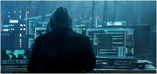 Nguy cơ an toàn thông tin mạng gia tăng nhanh chóng khi bước vào cách mạng Công nghiệp 4.0. Hậu quả tấn công mạng với các hệ thống điều khiển công nghiệp Scada, hệ thống trí tuệ nhân tạo, robot& là khó lường trước.