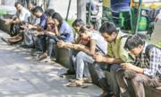 Tỷ lệ nam giới dùng Internet cao hơn nữ giới tới 33,5%