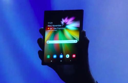 Người dùng cơ bản có thể khó tiếp cận smartphone gập của Samsung do đắt đỏ.