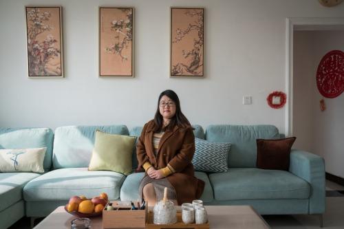 Hou Xiameng, từng làm việc cho một công ty AI ở Bắc Kinh, nay về Hà Bắc để xây dựng công ty xử lý dữ liệu của riêng mình.
