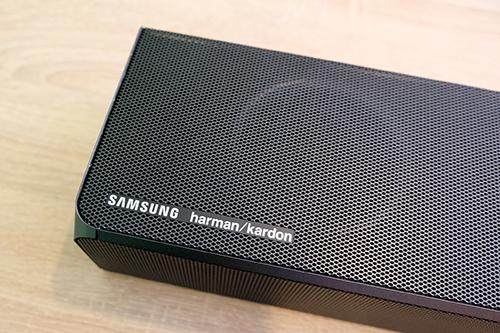 Với sự tham gia của Harman Kardon, soundbar của Samsung cócải tiến về chất âm.