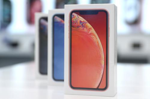 Apple tung ra ba mẫu iPhone mới XR, XS và XS Max trong 2018. Ảnh: Thenypost.