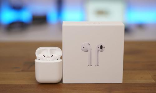 Tai nghe AirPods của Apple là phần quà bốc thăm hàng tuần cho độc giả bình chọn Tech Awards 2018.