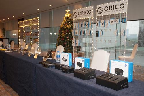 Loạt sản phẩm chủ lực của Orico trong 2018 được trưng bày tại hội thảo.