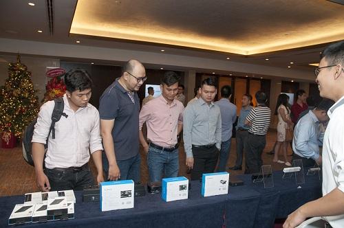 Khách tham dự có dịp trải nghiệm các sản phẩm, công nghệ mới nhất từ Orico.
