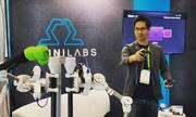 Màn trình diễn robot trợ lý trên sân khấu Tech Awards 2018