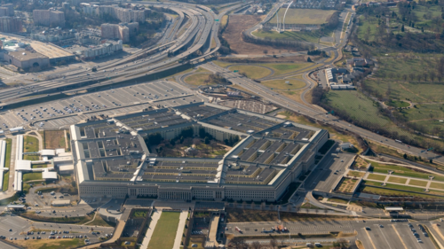 Lầu Năm Góc, trụ sở của Bộ quốc phòng và biểu tượng của quân đội Mỹ.