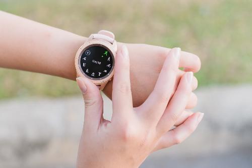 Chú trọng sức khỏe người dùng là tính năng tạo nên sự khác biệt cho Galaxy Watch so với nhiều mẫu đồng hồ thông minh khác.