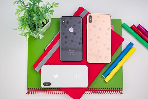 iPhone bán kém tác động tới kế hoạch tuyển dụng của Apple. Ảnh: PhoneArena.