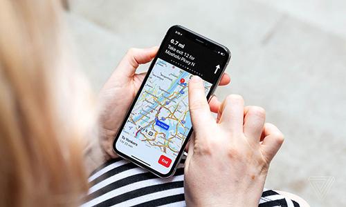 Sử dụng GPS cho những ứng dụng phù hợp sẽ giúp tiết kiệm pin. Ảnh: Verge