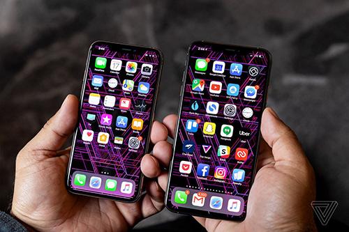 Doanh số iPhone giảm là điều được dự đoán trước. Ảnh: The Verge.