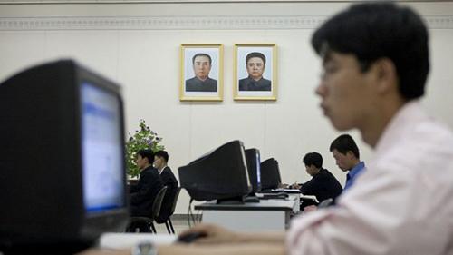Không nhiều người Triều Tiên được dùng Internet. Ảnh: BBC.