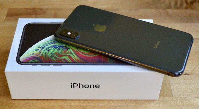 iPhone XS Max giảm giá mạnh ở Trung Quốc