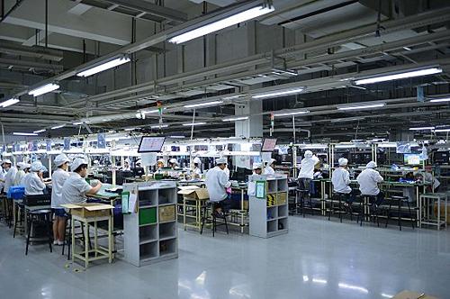 Bên trong nhà máy Foxconn. Ảnh Visual China