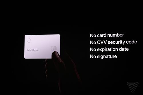 Apple cam kết về bảo mật thông tin người dùng cả trên thẻ vật lý lẫn ứng dụng kỹ thuật số đi kèm. Ảnh The Verge