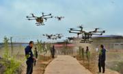Phun thuốc trừ sâu bằng drone ở Trung Quốc
