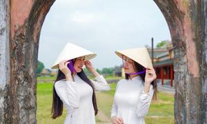 Chân dung thiếu nữ Việt dưới ống kính F11 Pro