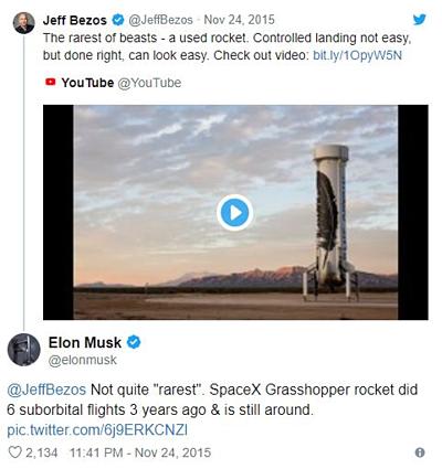 Ông chủ Tesla và CEO Amazon thường xuyên đấu khẩu trên Twitter.