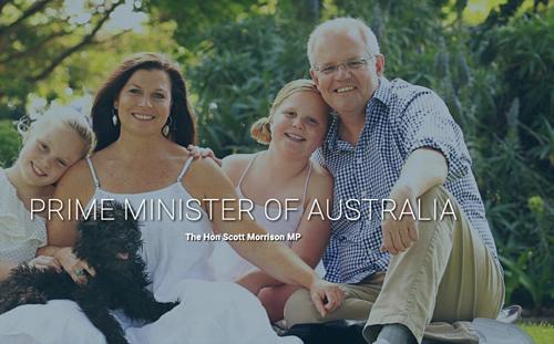 Trang web về thủ tướng Australia mới đây cũng dính lỗi photoshop khiến người lãnh đạo đất nước này phải lên tiếng sau đó.