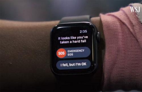 Đồng hồ của Apple dự đoán chủ nhân bị ngã qua các cảm biến bên trong. Ảnh: WSJ