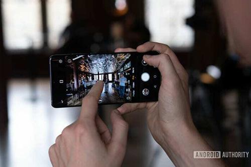 Thử tài nhận biết các smartphone có tính năng nổi bật - 6