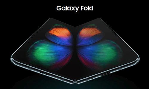Samsung Galaxy Fold với màn hình có thể gập được.