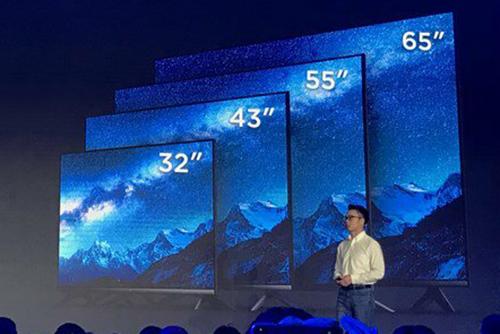 Bốn mẫu TV chia sẻ chung thiết kế, viền màn hình mỏng. Ảnh: Gizmochina