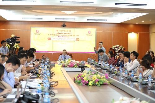 Diễn đàn quốc gia về phát triển doanh nghiệp công nghệ có thông điệp Make in Vietnam.