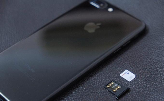 Apple liên tục chặn, iPhone lock vẫn dùng tốt tại Việt Nam