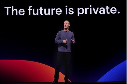 Facebook nhiều lần gặp rắc rối liên quan tới quyền riêng tư của người dùng. Ảnh: Facebook.
