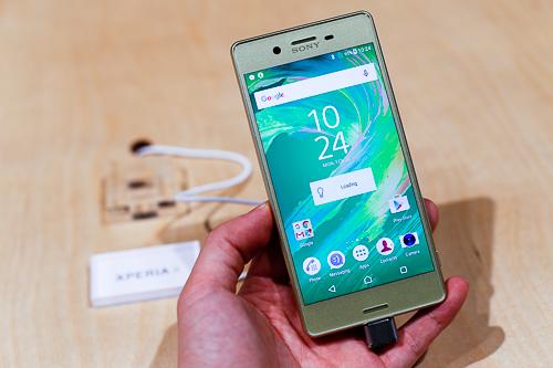 Smartphone Sony biến mất ở Việt Nam - 1