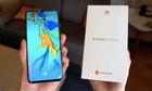 Người Singapore mua điện thoại Huawei với giá giảm một nửa