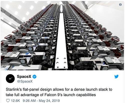 SpaceX khoe vệ tinh trước khi phóng.