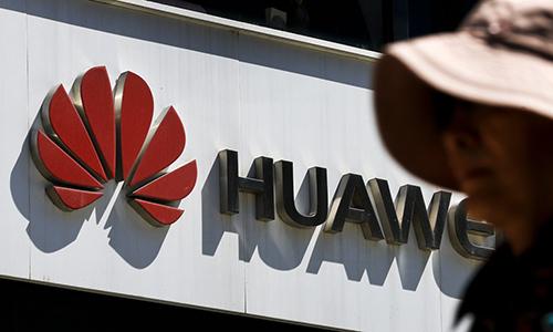 Doanh số điện thoại Samsung, Apple có thể tăng khi Huawei bị Mỹ cấm.