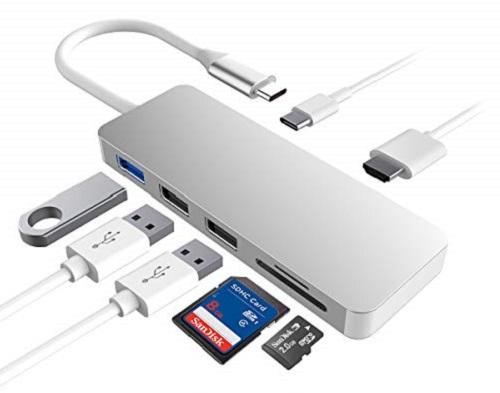 Hub mở rộng từ một cổng typeC sang cáckết nối thông dụng khác như USB 3.0, HDMI, khe thẻ nhớ SD, microSD... của thương hiệu Excuty có giá 941.000. Sản phẩm do sàn thương mại điện tử xuyên biên giới Fado nhập khẩu Nhật Bản cần thiết cho nhiều mẫu laptop mỏng gọn, ít cổng phụ.