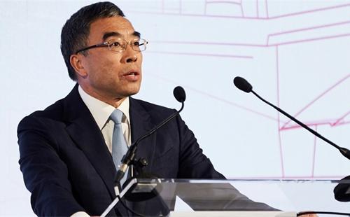 Lương Hoa, Chủ tịch Huawei.