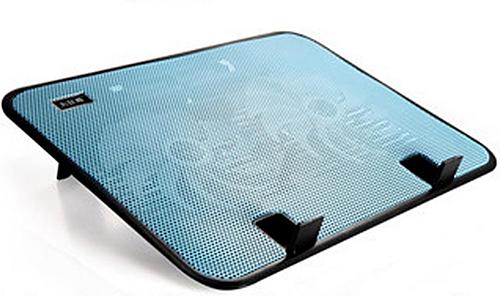 Đế tản nhiệt quạt hiệu iWish là một lựa chọn hợp lý cho người dùng vì rất dễ sử dụng, tương thích với nhiều chuẩn thiết bị từ 12-17 inch. Quạt của iWish của thể quay với tốc độ lên đến 1400 vòng/phút sẽ nhanh chóng hạ thấplượng nhiệt củathiết bị. Hiện giá bán của sản phẩm là 814.000 VNĐ