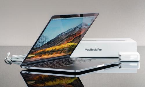 Chỉ vì không tăng sáng màn hình mà Apple đã ba lần sửa chữa, đổi mới chiếc MacBook Pro.
