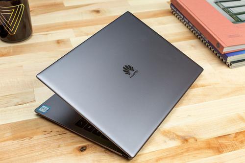Một mẫu laptop chạy Windows của Huawei.