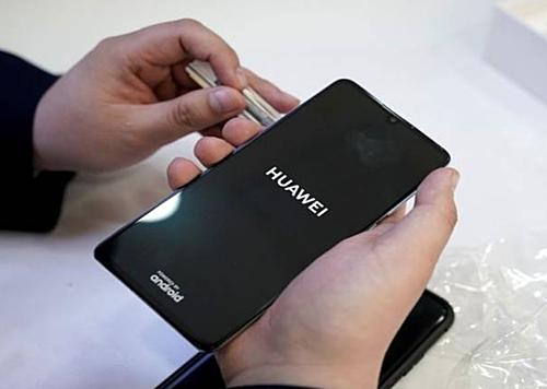 P30 và P30 Pro dùng chip Kirin do Huawei tự phát triển.